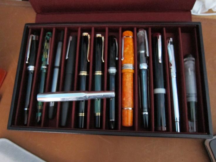 Franklin Christoph 12 pen tray in black